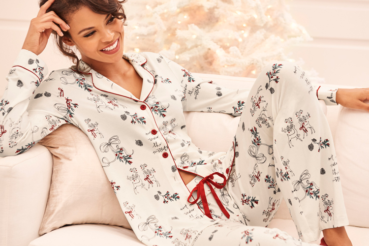 how to host a pajama party